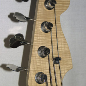 Four strings bass - Flamed Head
